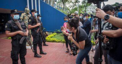 Frente a la Represión… ¡Libertad de Prensa!
