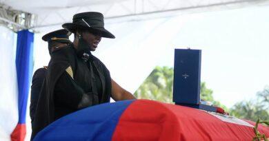"""Esposa del presidente de Haití asesinado, reveló cómo sobrevivió al ataque: """"Pensaban que estaba muerta"""""""