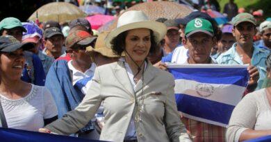 """Bianca Jagger: """"Daniel Ortega busca perpetuarse en el poder a toda costa estableciendo una nueva dinastía tiránica"""""""